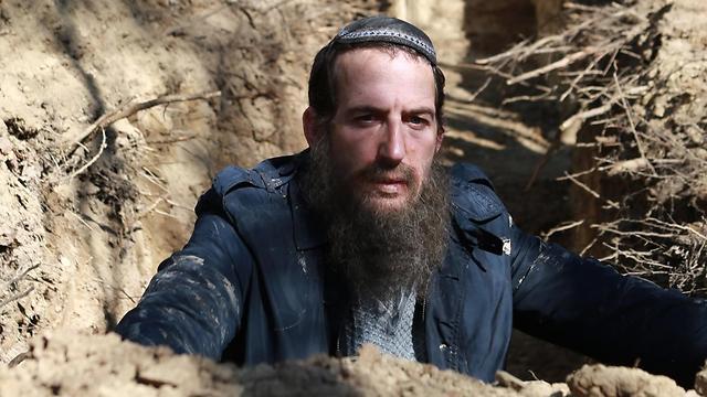 """הזוכה הגדול בפסטיבל חיפה. אורי פפר ב""""העדות"""" (צילום: דוריס ארבן)"""