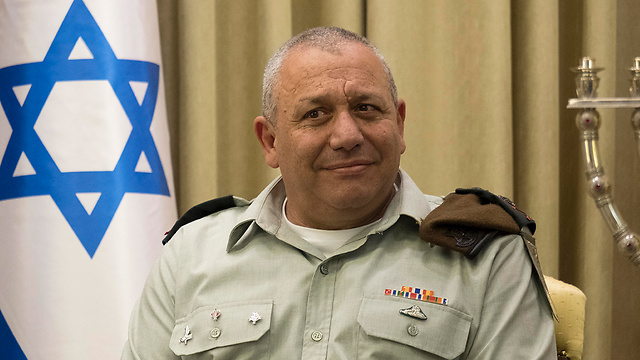 Chief of Staff Gadi Eisenkot. The IDF curbed the political attack with public-civilian courage  (Photo: Yoav Dudkevitch)