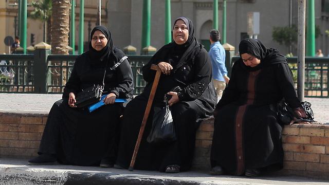 87% נימולות. נשים בקהיר (צילום: shutterstock) (צילום: shutterstock)
