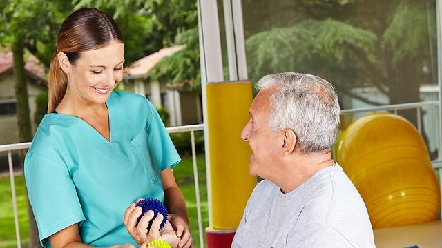 אינטגרציה בין כל סוגי הטיפול. ריפוי בעיסוק (צילום: shutterstock) (צילום: shutterstock)