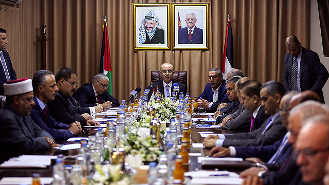 The Palestinian government's visit to Gaza  (Photo: AP)