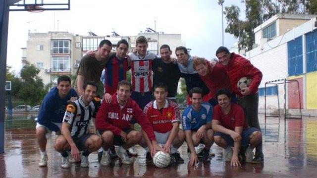 פיין והחבר'ה מהכדורגל (צילום: קבוצת כדורגל בד')