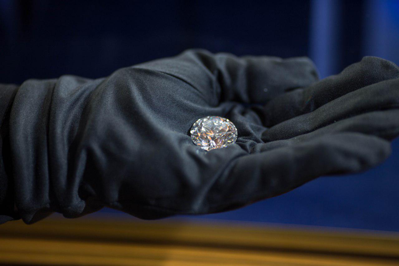 В Израиль прибыл самый чистый и дорогой бриллиант России