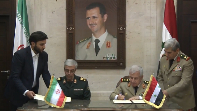 Iran's army chief meets with his counterpart in Syria