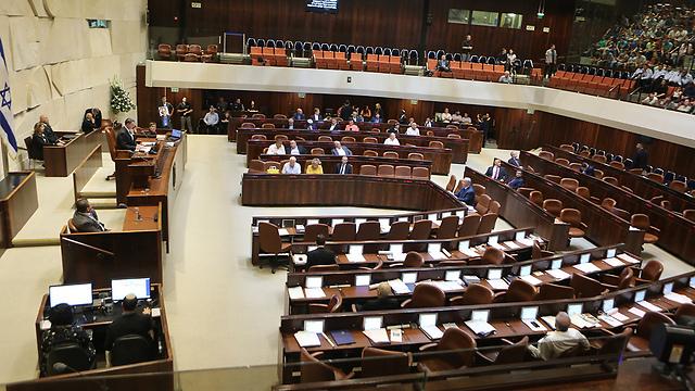 חוק ההמלצות חוזר לכנסת (צילום: אלכס קולומויסקי) (צילום: אלכס קולומויסקי)