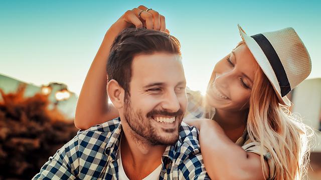 אם תכירו את העמדה הדומיננטית שבה בן הזוג משתמש, יהיה לכם קל יותר לתקשר עמו (צילום: Shutterstock) (צילום: Shutterstock)