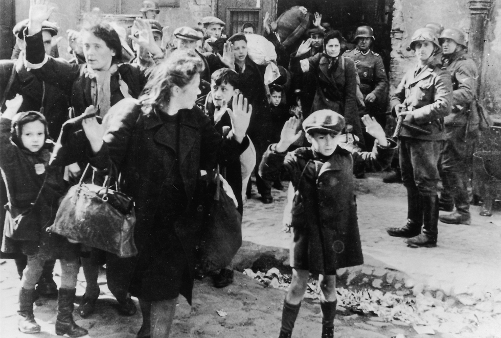Warsaw Ghetto, April – May '43 (Photo: Getty Images)