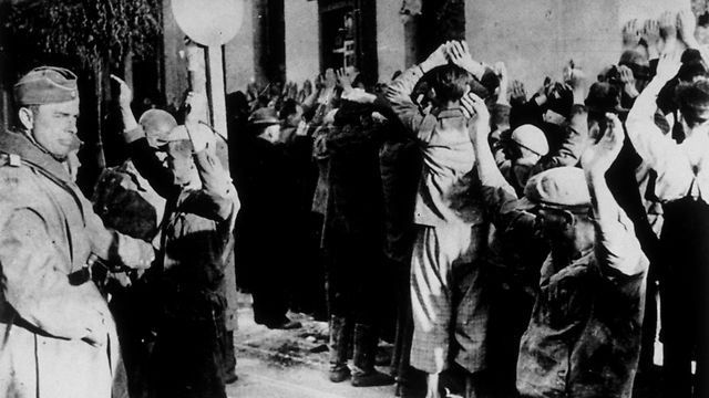 Polish Jews in the Holocaust, September '42 (Photo: Getty Images)
