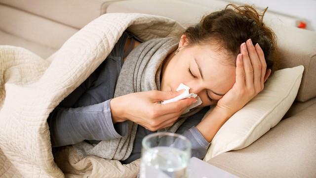 מתכוננים לשפעת. מצטיידים בחיסונים לקראת החורף (צילום: shutterstock) (צילום: shutterstock)