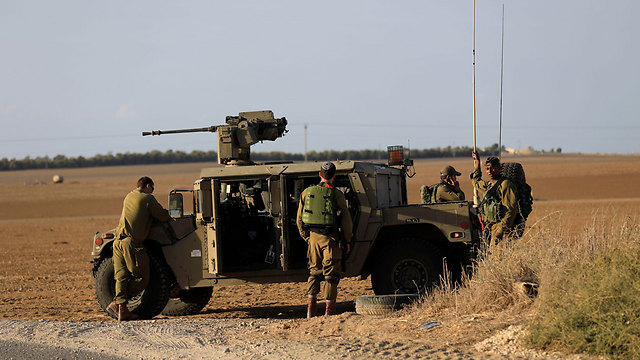 IDF force near the Gaza border, Monday (Photo: AP)