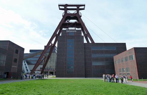 מתחם התעשייה שהפך לפארק עצום ומעורר השראה בגרמניה. Zollevein בעיר אסן (צילום: נטע אחיטוב)