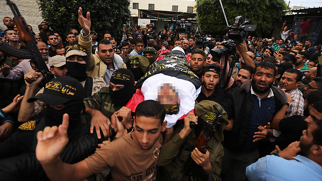 Funeral of Islamic Jihad fighters killed in tunnel explosion (Photo: AFP)