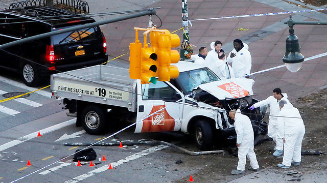 Truck used in attack (Photo: Reuters)