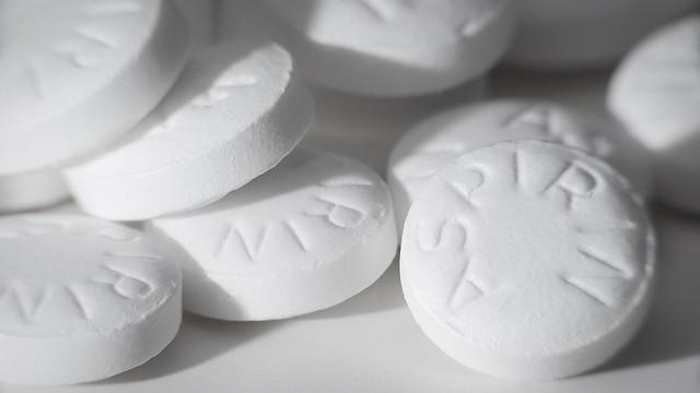 הקהילה הרפואית הבינה שאין צורך בשימוש בתרופה למי שאינו חולה לב. אספירין (צילום: shutterstock) (צילום: shutterstock)