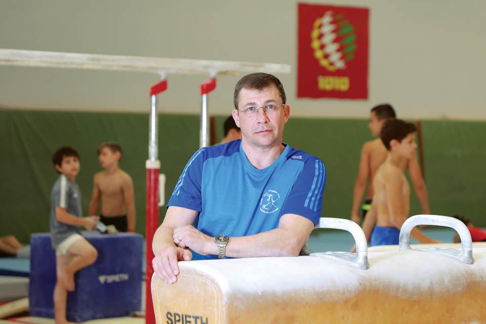 Тренер Артема - Сергей Вайсбург. Фото: Дана Копель