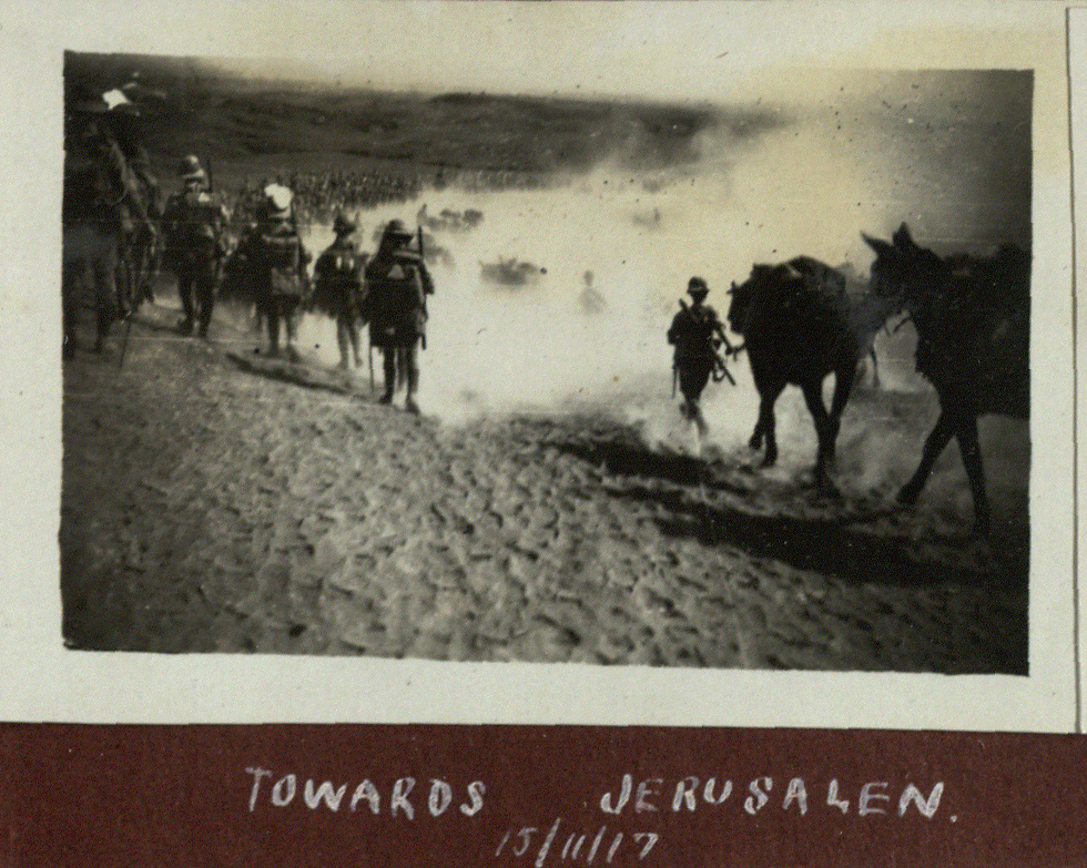 Soldiers heading to Jerusalem (Photo: National Library of Israel)