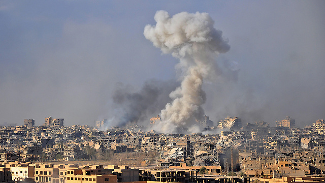 Assad's army regains control of Deir al-Zor from ISIS occupation  (Photo: AFP)