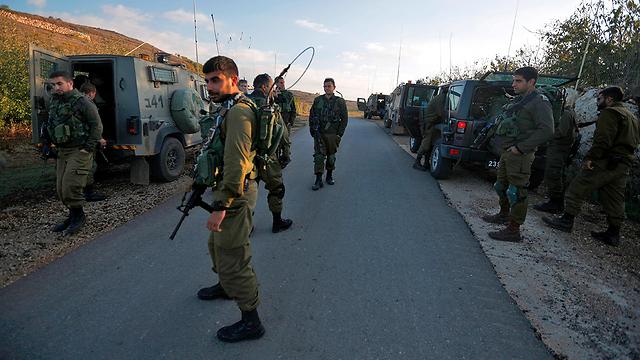 IDF forces deployed near Syrian border to stop crossings (Photo: AFP)