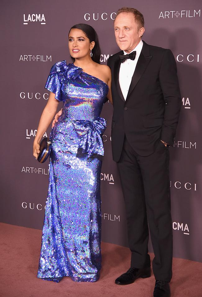 כל השמלות בעולם ובחרת בזו? סלמה הייק ובעלה פרנסואה הנרי פינו (gettyimages)