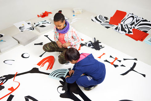 ילדים הם קהל יעד בולט של מרכז פומפידו, מההפעלות ועד החנות (צילום: Manuel Braun, Courtesy Centre Pompidou)