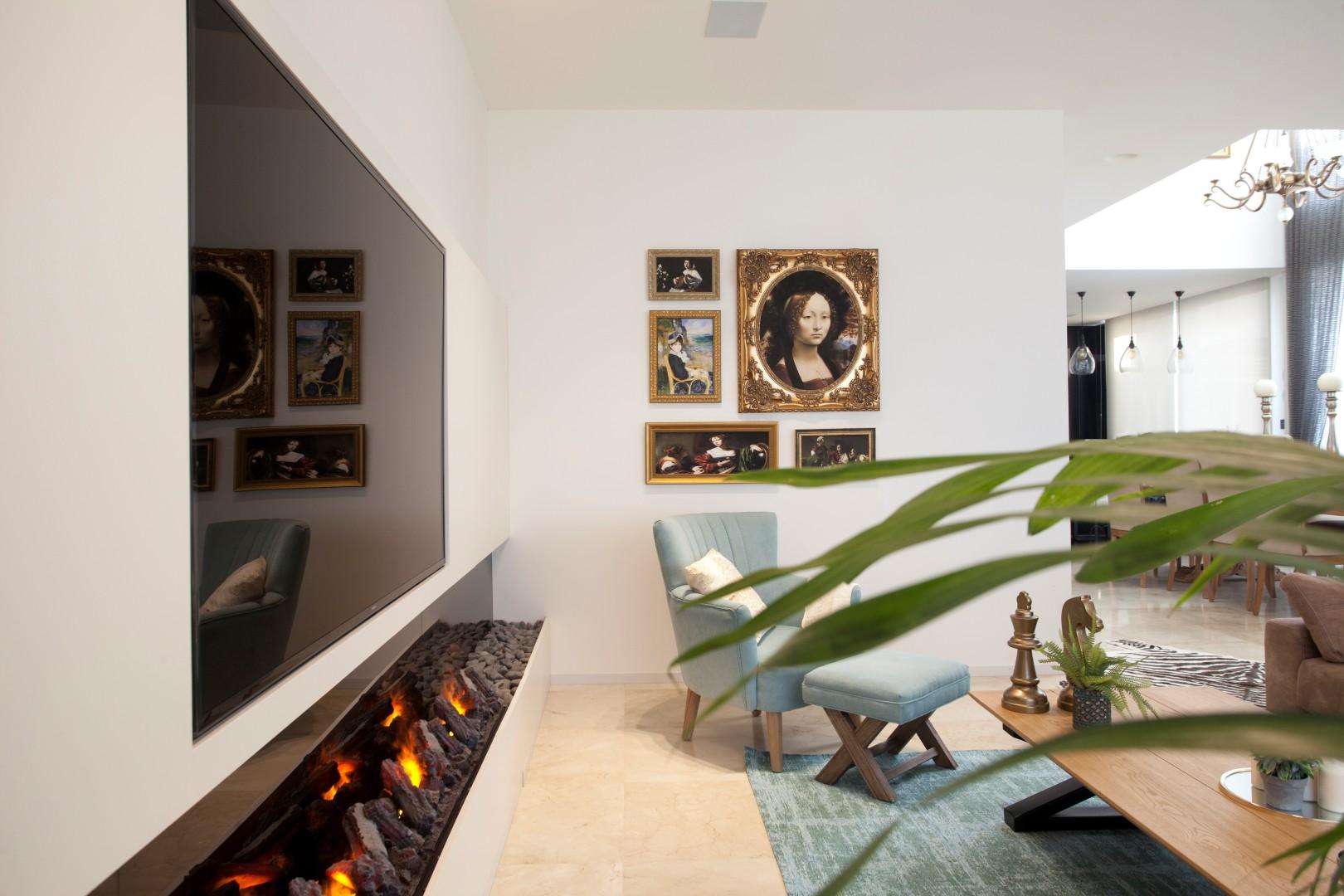חפצי אמנות ועתיקות בכל חלל בבית (צילום: גידי בועז) (צילום: גידי בועז)
