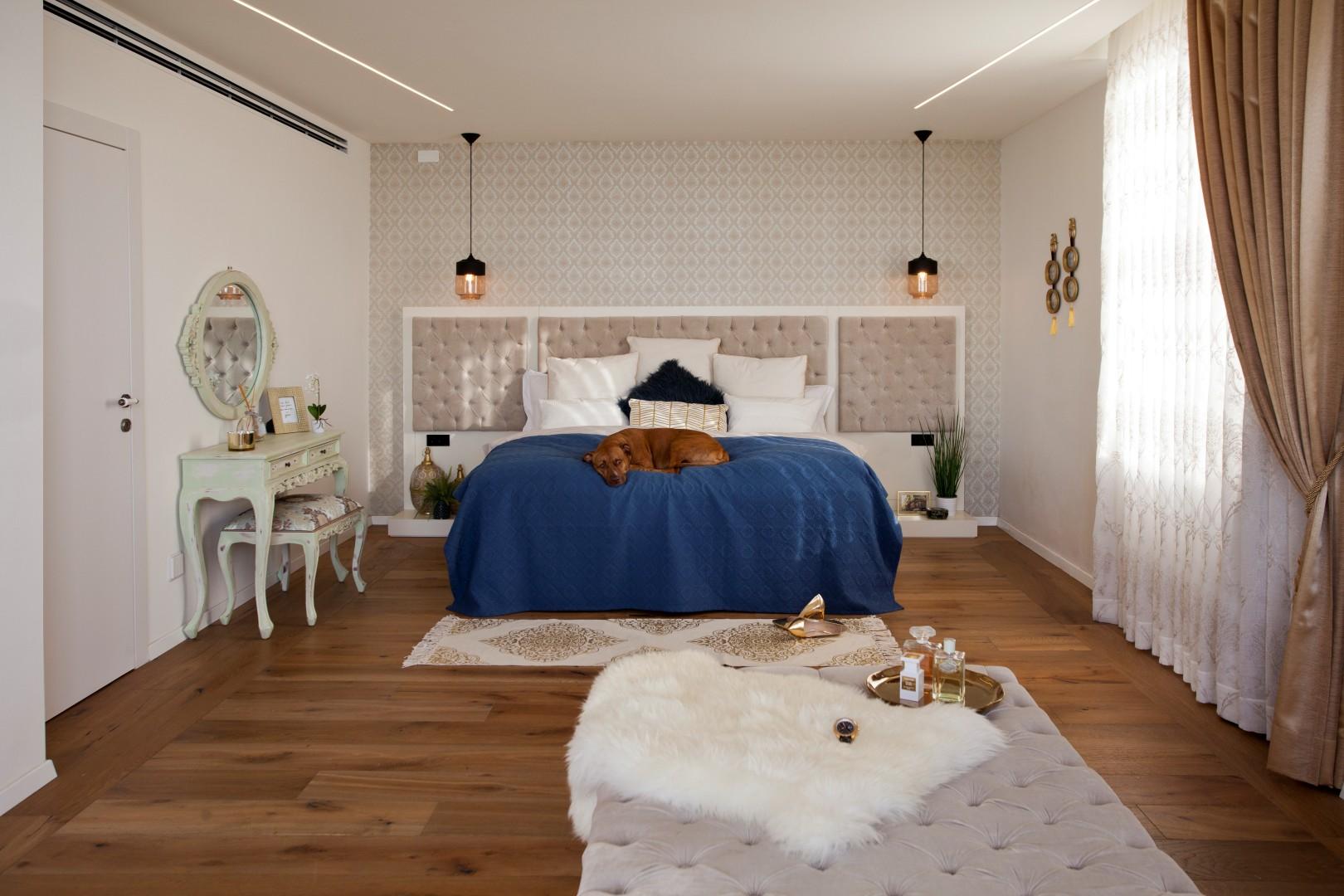 חדר השינה.צבעים ניאו קלאסיים (צילום: גידי בועז) (צילום: גידי בועז)