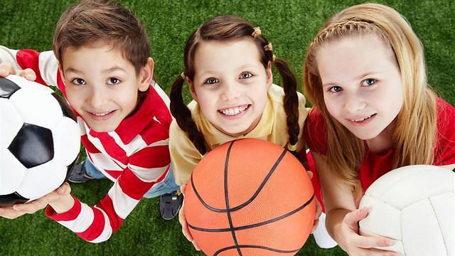 היכולת לשחק בקבוצה וליצור חברויות - חשובה מאוד (צילום: shutterstock) (צילום: shutterstock)