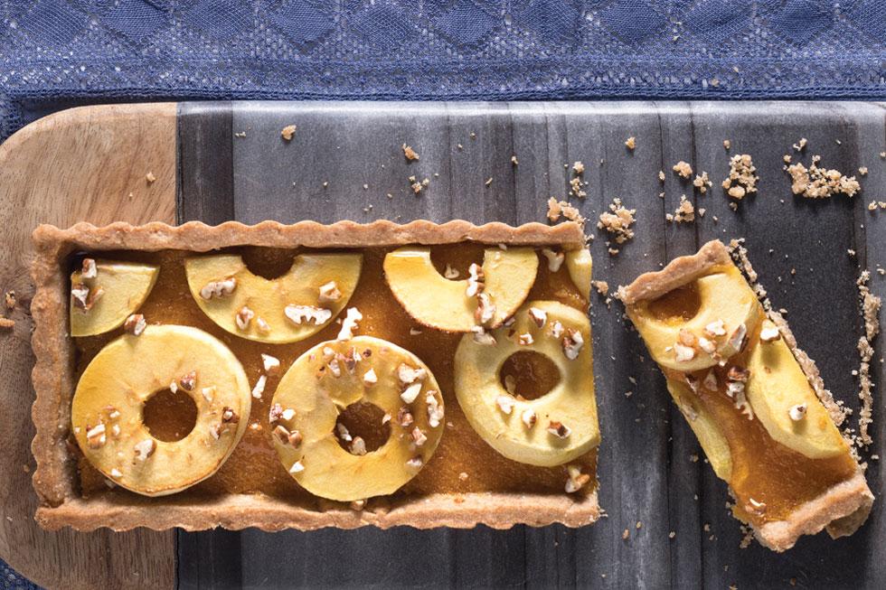 טארט תפוחים (צילום: דניאל לילה, סגנון: נעמה רן)