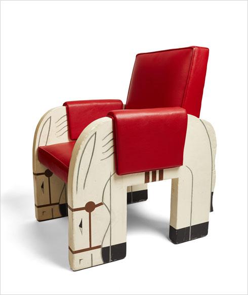 כיסא מחדר המשחקים על סיפון ה''נורמנדי''. עיצוב: מארק סימון וז'קלין דושה, 1934 (Image: © Miottel Museum, Berkeley, California)