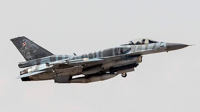 F-16 של חיל האוויר הפולני בתרגיל (צילום: AFP)