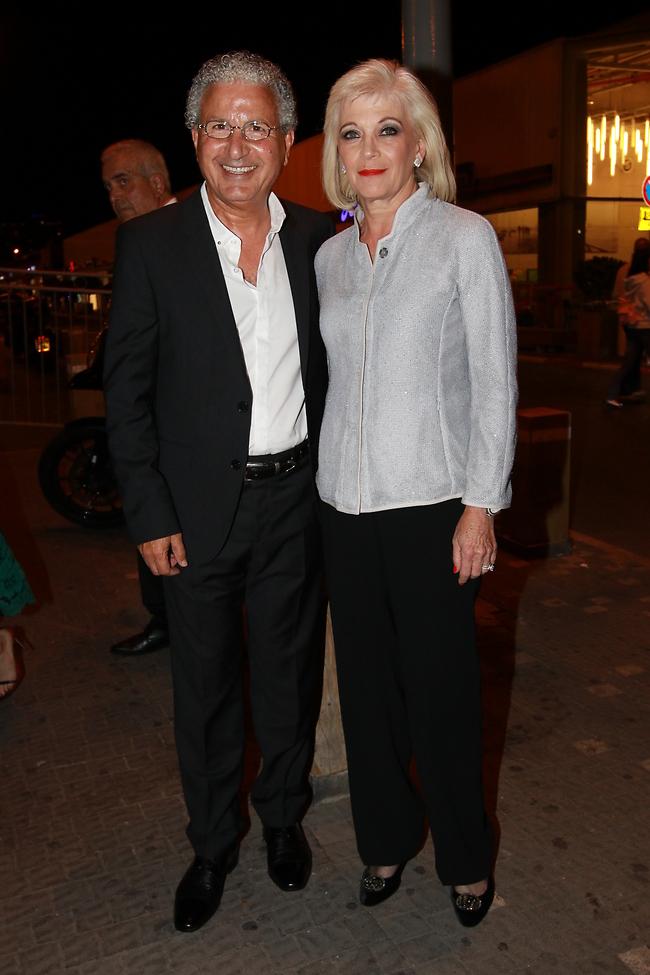 אוהב את הקולנוע. משה אדרי ואשתו (צילום: ענת מוסברג)