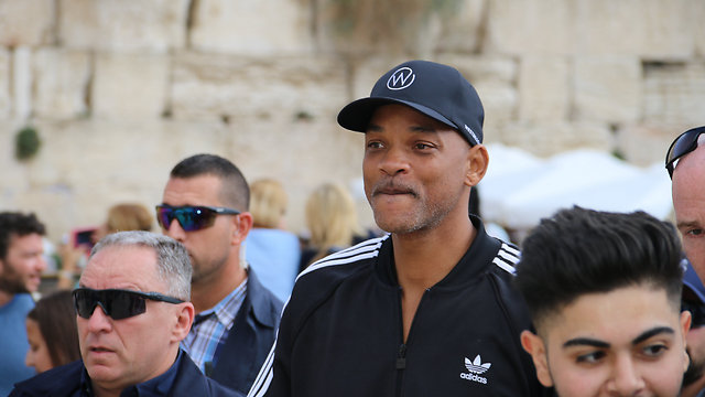 Will Smith, at the Kotel (Photo: The Western Wall Heritage Foundation)