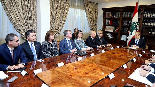Aoun (R) in a meeting with foreign ambassadors, Friday (Photo: Reuters)