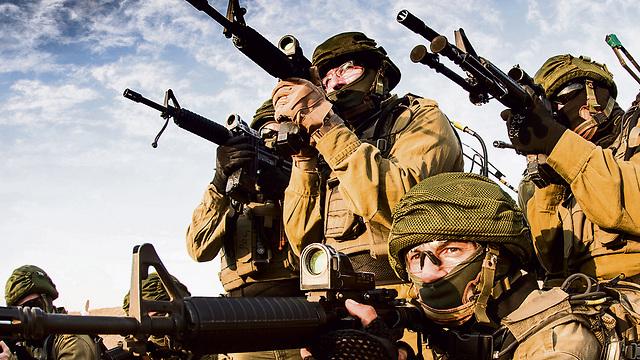 RRU soldiers