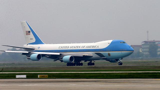 העיצוב הנוכחי של מטוס הנשיא, שהפך לסמל (צילום: AP) (צילום: AP)