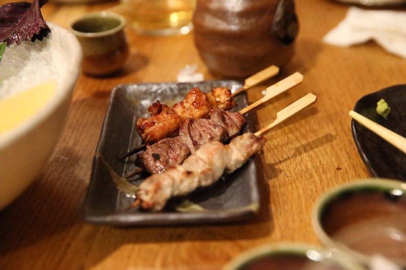 """טאפאס יפני ב""""שיראטויה"""" (צילום: מוטי קמחי)"""