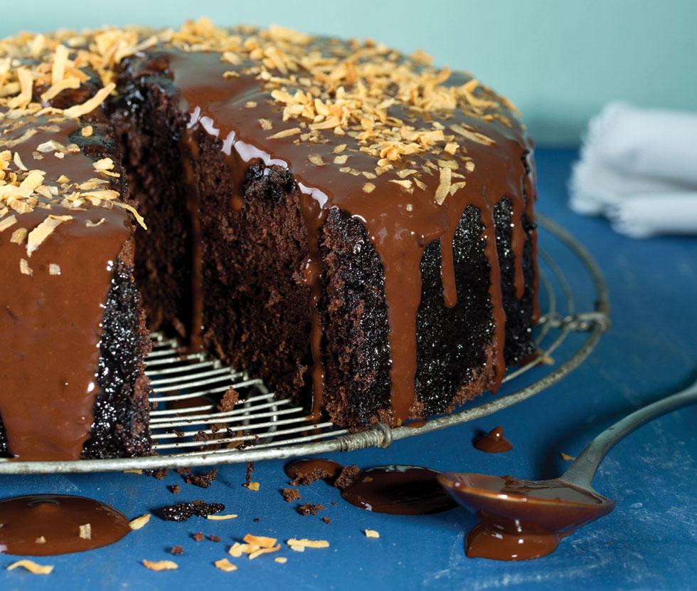 עוגת שוקולד עשירה (צילום: בועז לביא, סגנון: נעה קנריק)