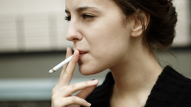 Drug to treat nicotine addiction left off the list (Photo: Shutterstock)