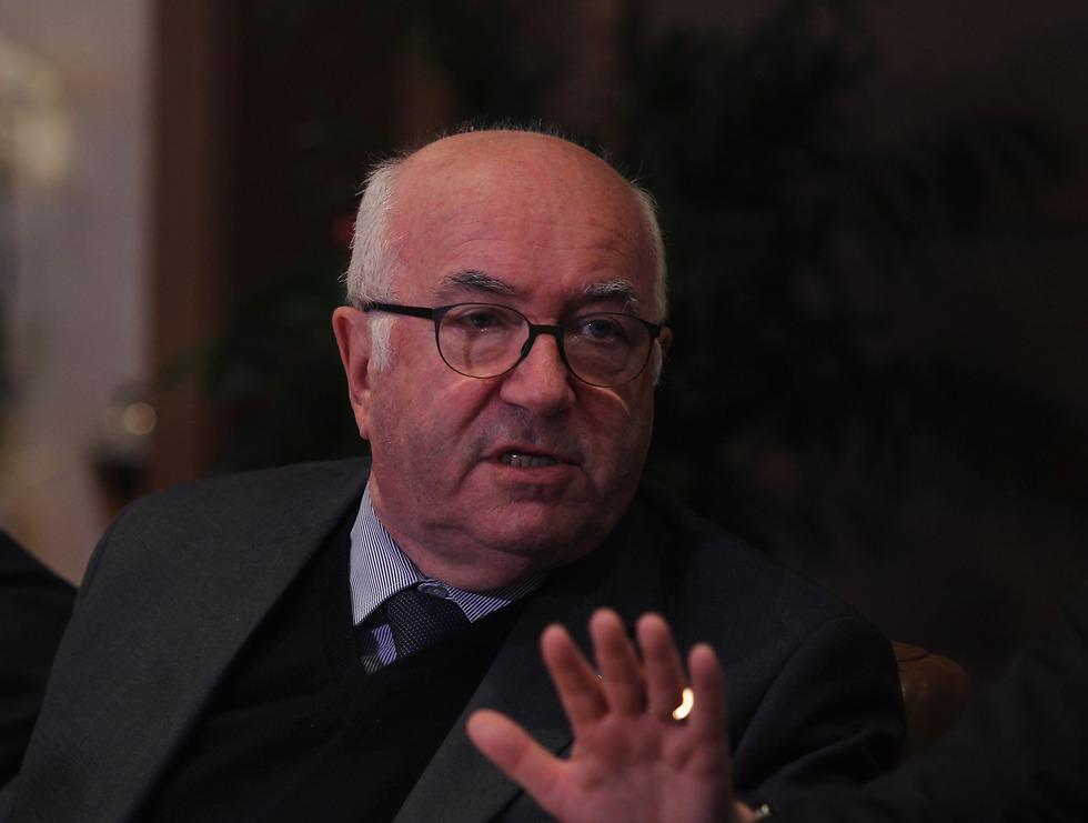 אישיות שנויה במחלוקת. קרלו טאבקיו, נשיא ההתאחדות האיטלקית (צילום: getty images) (צילום: getty images)