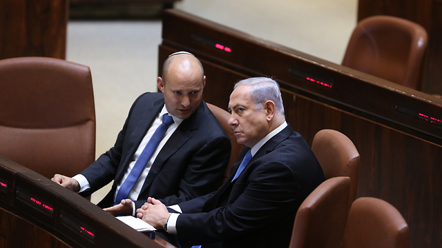 Naftali Bennett with PM Netanyahu (Photo: Alex Kolomoisky)