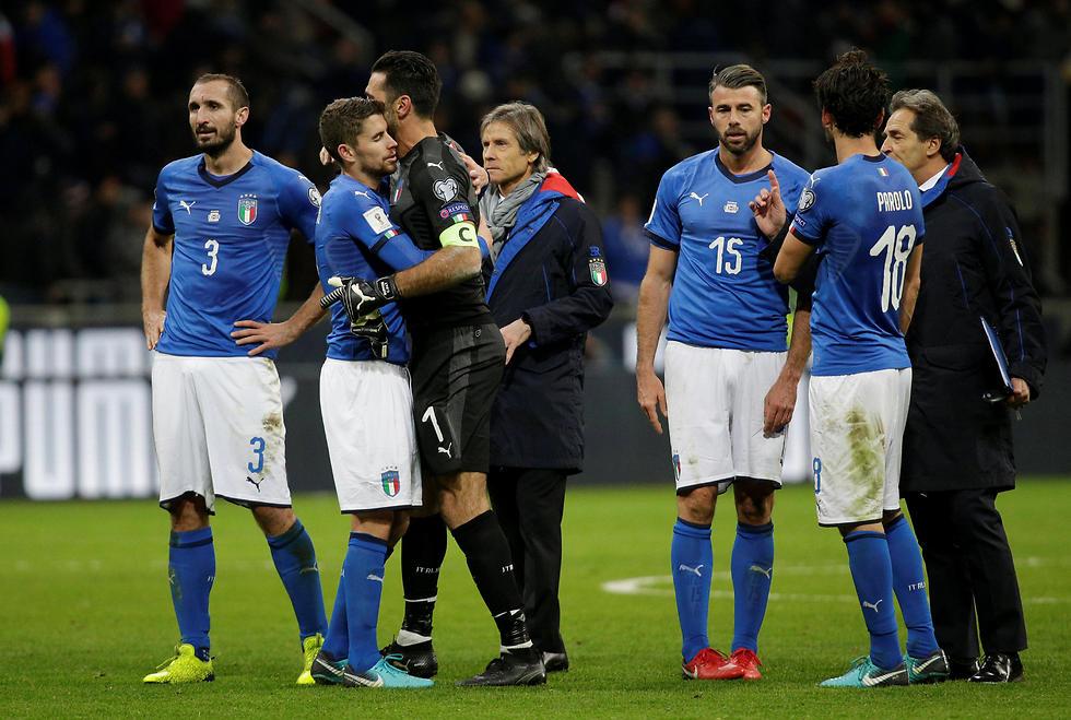 ערב שחור לבופון ונבחרת איטליה (צילום: AP) (צילום: AP)