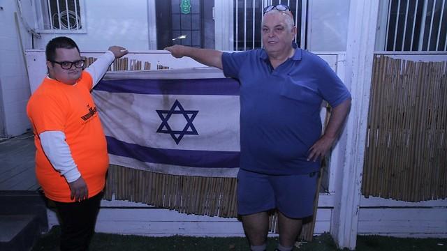 גדעון ובן-חי. הבן התנדב לשירות צבאי מלא (צילום: זהר שחר)