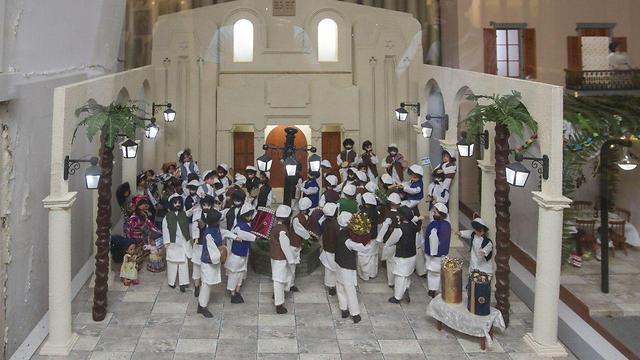 הדמיה של חגיגות שמחת תורה בשכונה היהודית  (צילום: עידו ארז ) (צילום: עידו ארז )