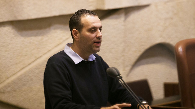 MK Miki Zohar (Likud) sponsoring the bill (Photo: Ohad Zwigenberg)