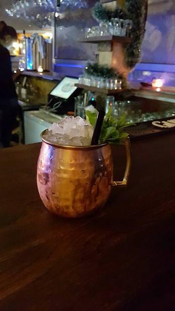 """אלכוהול, אוכל טוב ונוף. Meaky's Top View Bar  (צילום: יח""""צ)"""