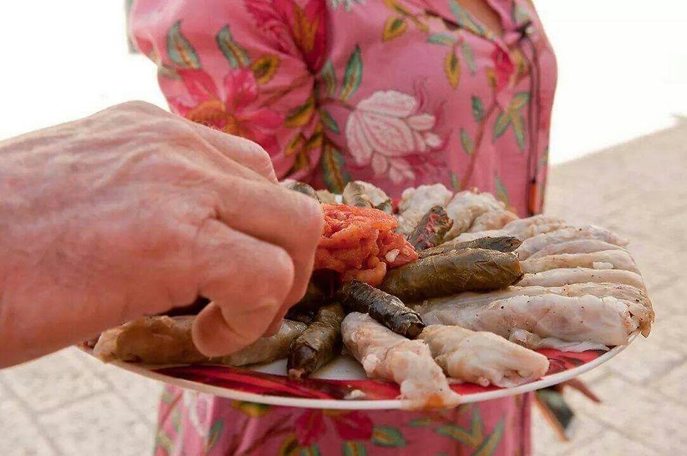 טעימה מסיור אוכל של נורית פורן (צילום: נורית פורן) (צילום: נורית פורן)