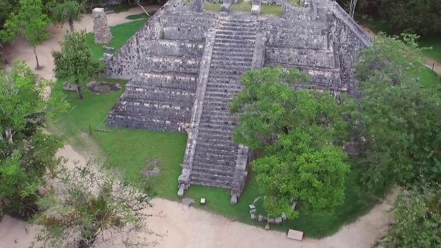 פירמידת קוקולקן (צילום: מתוך יוטיוב) (צילום: מתוך יוטיוב)
