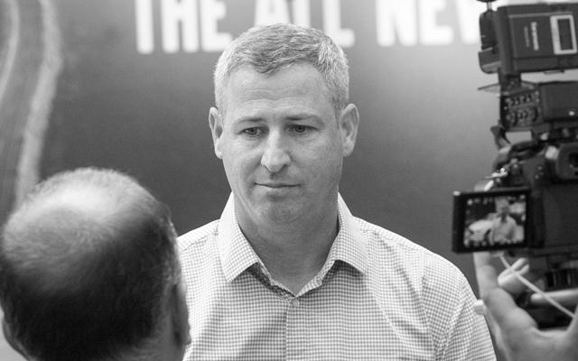 שרון גלזר מנהל חטיבת הרכב הפרטי בחברת מאיר ()