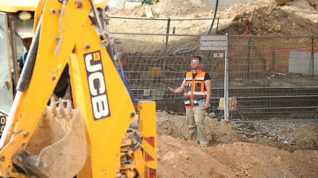 העבודות בקו דימונה-באר שבע בשבת שעברה (צילום: רועי עידן) (צילום: רועי עידן)