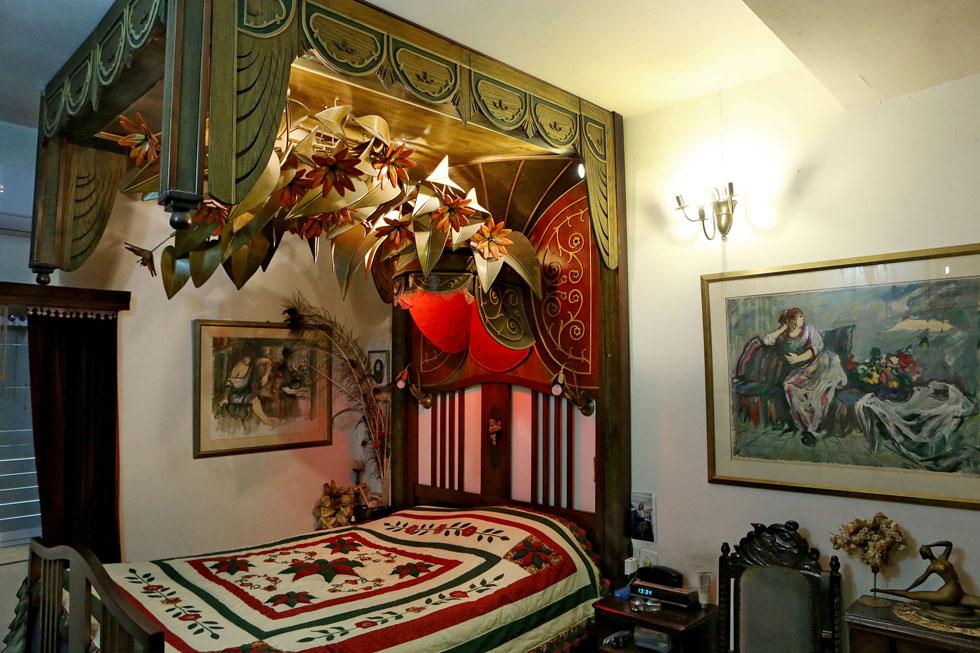 מיטת האפיריון.  כל ענף מיובש במשך שנתיים (צילום: צביקה טישלר)